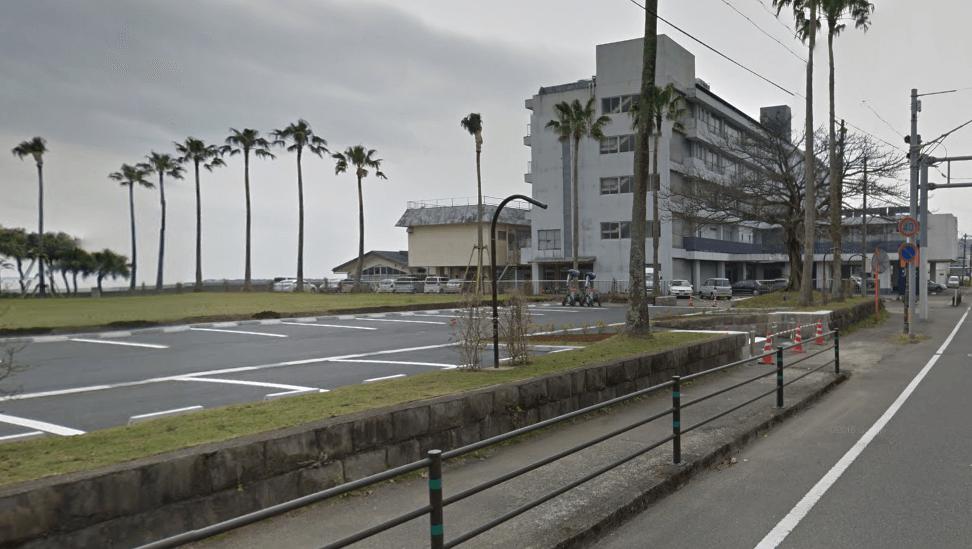 青島神社の無料の駐車場2