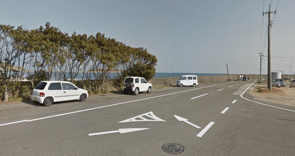 青島神社の無料の駐車場3