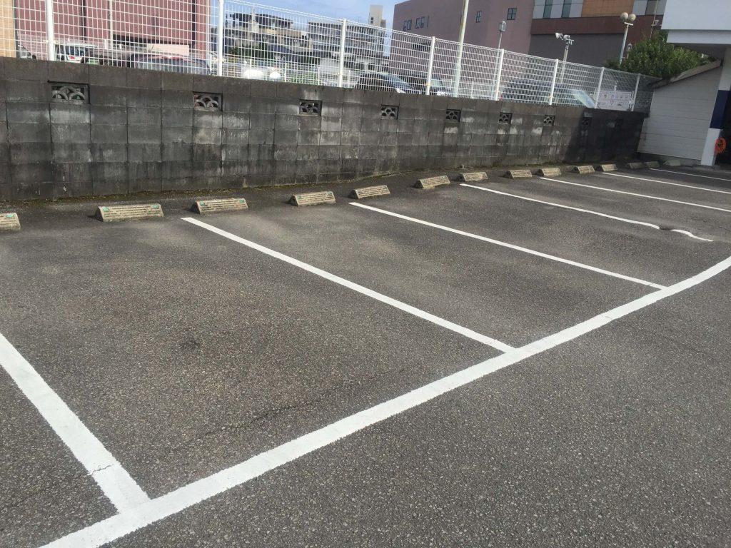 宮崎の大盛りうどんの駐車場2